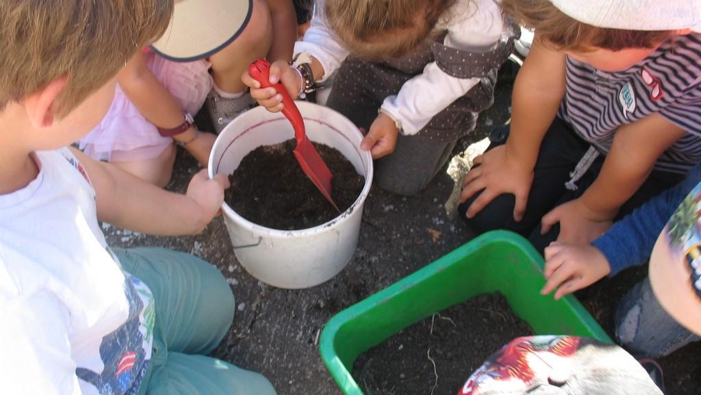 mélange terre , compost